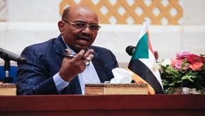 البشير: جيشنا صادر مركبات مصرية مدرعة في دارفور.. ومصر ترد: لم ولن نتدخل في السودان