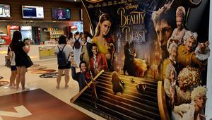 """شخصية """"الجميلة والوحش"""" 'Beauty and the Beast' المثلية تُوقف عرض الفيلم في الكويت"""