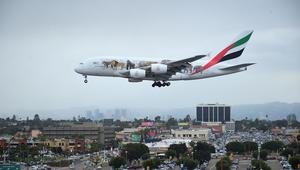 طيران الإمارات تعلن هبوط أرباحها السنوية بنسبة 82%