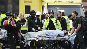 """مقتل امرأة وإصابات """"مفجعة"""" في هجوم قرب البرلمان البريطاني"""