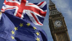 """بريطانيا وأوروبا تتوصلان لاتفاق حول """"Brexit"""""""