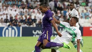 """إيقاف لاعب الأهلي السعودي أربع مباريات بسبب """"ألفاظ بذيئة ومهينة"""""""