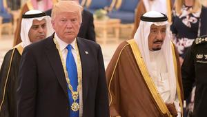 ترامب يبحث مع الملك سلمان أزمة قطر.. ويؤكد ضرورة قطع كل مصادر تمويل الإرهاب
