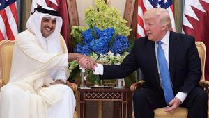 بعد تغريداته.. ترامب يتصل بأمير قطر ويعرض الوساطة