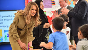 السيدة الأولى ميلانيا ترامب تزور المدرسة الأمريكية الدولية في العاصمة السعودية الرياض