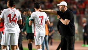 نبيل معلول لـ CNN: أتمنى التأهل للدور الثاني في المونديال ومحمد صلاح لاعب غير عادي