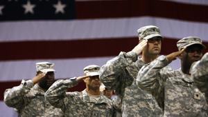 ماذا سيفعل الجيش الأمريكي إذا أعطاه ترامب أوامر غير قانونية؟