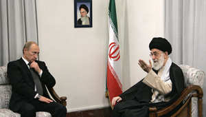 """بوتين لخامنئي: إيران """"حليف موثوق به"""" لروسيا ونهدف لتنفيذ عملية سياسية شاملة بسوريا"""
