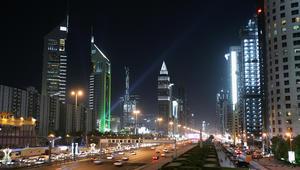 كيف يرى الخريجون الجدد سوق العمل في الإمارات؟