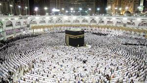 السعودية توضح شروط استقبال الحجاج والمعتمرين القطريين