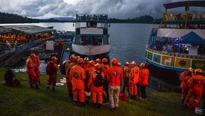 غرق سفينة سياحية تحمل 150 شخصا شمال غرب كولومبيا