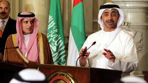 عبدالله بن زايد: قطر ليست مهتمة بأشقائها كما هي مهتمة بالإرهاب