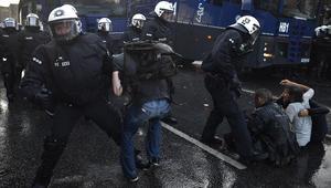 """اشتباكات بين الشرطة الألمانية ومتظاهرين ضد قمة العشرين.. """"أهلا بكم في الجحيم"""""""