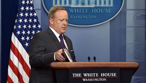 مسؤولون أمريكيون لـCNN: استقالة المتحدث الصحفي باسم البيت الأبيض