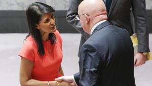 """شاهد.. تيليرسون وهايلي ينددان بدعم روسيا للأسد بملف """"الكيماوي"""".. وموسكو: ربط زائف"""