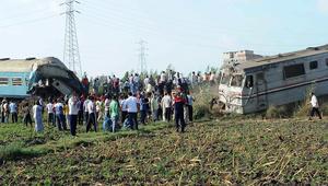مصر: عشرات القتلى والمصابين إثر اصطدام قطارين في الإسكندرية