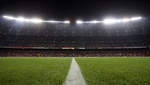 برشلونة يواجه غواصات فياريال وإشبيلية في حضرة ملوك مدريد