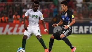"""إيقاف صاحب هدف تأهل السعودية إلى كأس العالم بسبب """"سلوك غير رياضي"""""""