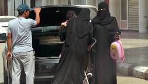 """""""قيادة المرأة"""".. تقرير: العائلة السعودية ستوفر نحو 20 ألف ريال سنويا"""
