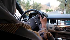 قيادة المرأة.. العريفي: هكذا ستتعامل مع القرار.. والقرني: أفضل من الاختلاء بالسائق