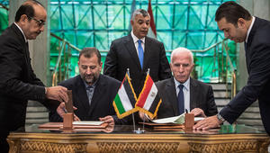 حماس وفتح توقعان اتفاق المصالحة رسمياً بعد 10 سنوات من الانقسام