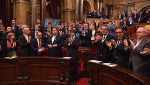 برلمان كتالونيا يصوت لصالح استقلال الإقليم عن إسبانيا.. وراخوي: سنستعيد الشرعية
