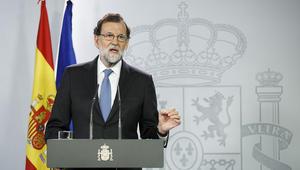 الحكومة الإسبانية تقرر إقالة قادة كتالونيا وحل البرلمان بعد التصويت لصالح الانفصال