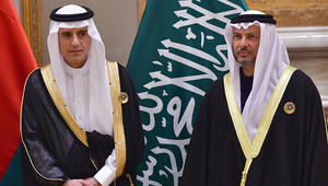 قرقاش: موقف الإمارات مرآة لتوجه السعودية ونبني شراكة تشمل أزمة اليمن وتتجاوزها