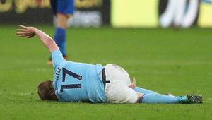 """مانشستر سيتي يتعادل مع كريستال بالاس ويخسر نجميه في """"أسبوع الإصابات"""""""
