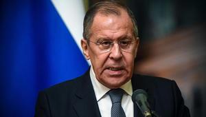 لافروف: أمريكا لا تريد الخروج من سوريا وتسير نحو تقسيمها