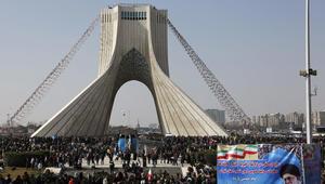 کاملیا انتخابی فرد تكتب لـCNN: عيد النوروز في إيران وتوقعات سنة صعبة على  الإيرانيين