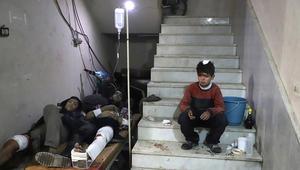 متطوع لـCNN: الأطباء يضطرون لاستخدام أدوية منتهية الصلاحية في الغوطة