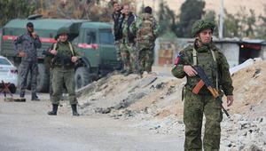 الدفاع الروسية: مقتل 4 جنود بنيران مسلحين بسوريا