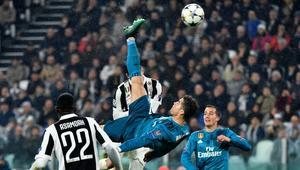 """شاهد.. كريستيانو رونالدو يسجل هدفا """"تاريخيا"""" في مرمى يوفنتوس"""