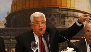 """بعد تصريحاته عن اليهود.. هجوم شرس على محمود عباس واتهامه بـ""""معاداة السامية"""""""