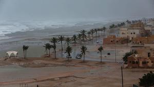 """عُمان: انحصار إعصار """"مكونو"""" وإعادة فتح مطار صلالة فجر الأحد"""