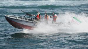الحرس الثوري الإيراني: تحركات استفزازية للبحرية الأمريكية في الخليج