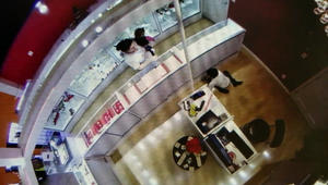 KFTA; Bella Jeweler's/surveillance