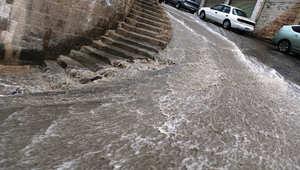 3 وفيات للآن.. الأردن يغرق بمياه الأمطار وأمين العاصمة لـCNN: الأزمة المطرية مفاجئة ولا أعلم إن كانت ستكرر