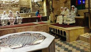 """عشية عيد الفطر داخل أهم طقوسه في دمشق... من """"حمّام الملك الظاهر"""""""
