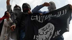 صحف: ترحيل السوريين من جنوب لبنان واعتقال ليبيين في الإمارات