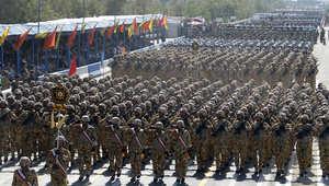 وحدات من الجيش الإيراني في استعراض عسكري