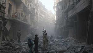 """نجا من تعذيب النظام السوري واحتجاز """"داعش"""".. حكاية تروي شجاعة مصور من حلب"""