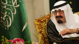 صحف: المذيعة الملبوسة بمصر.. وبوتين والنفط مع ملك السعودية