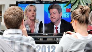 فرنسا: بدء الاقتراع بالانتخابات الرئاسية والقلق شديد على مصير اليورو
