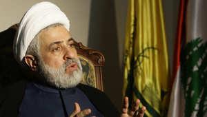 """بعد دعوة سفيرها اللبنانيين إلى الابتعاد عن """"نيران الجوار"""".. حزب الله: السعودية متخلفة فكريًا وسياسيًا"""