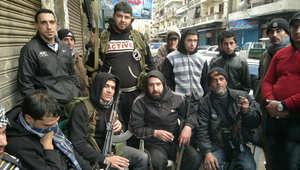 أعضاء في جماعة سنية مسلحة بطرابلس