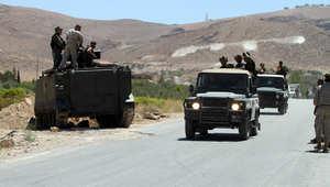 """مسلحون يعرضون لقطات لمخطوفين عسكريين.. وشخصيات سنية تحذر من تقليد """"جيش المالكي"""""""
