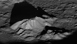 شروق للشمس ودرجات الحرارة.. صور لناسا تظهر القمر كما لم تشاهدوه من قبل