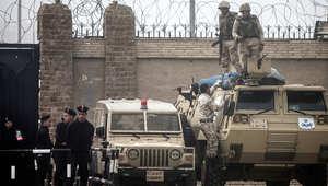 """مصر.. الحكم بـ""""رد المحكمة"""" بقضيتي التخابر وهروب مرسي 9 أبريل"""